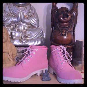 Pink Cliffs Boots. Size 10